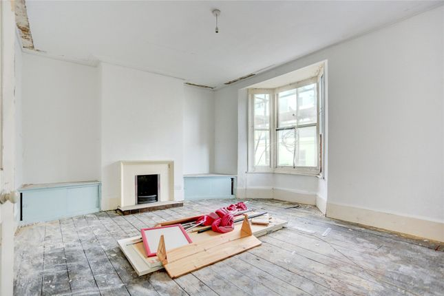 2 bed maisonette for sale in Farm Road, Hove BN3
