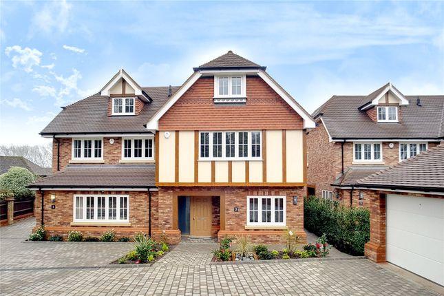Thumbnail Town house for sale in Little Dormers, 17 South Park Crescent, Gerrards Cross, Buckinghamshire