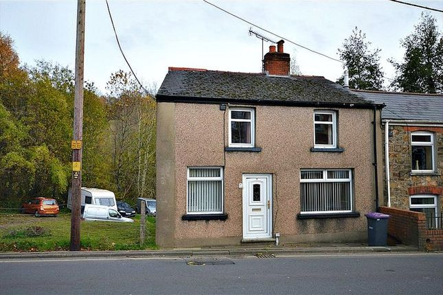 Thumbnail Semi-detached house to rent in Snatchwood Road, Abersychan, Pontypool
