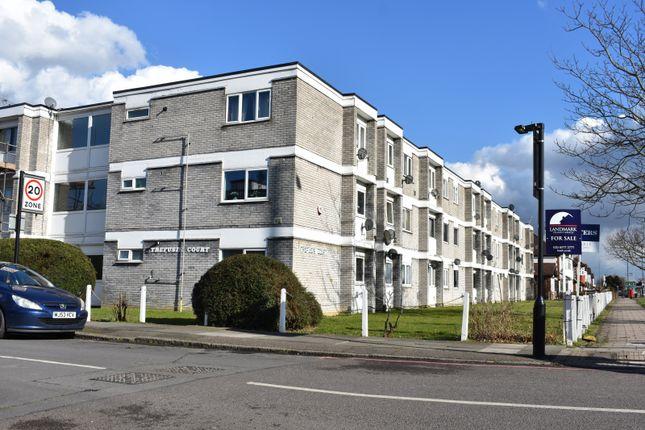 Thumbnail Flat for sale in Trefusis Court, Cranford