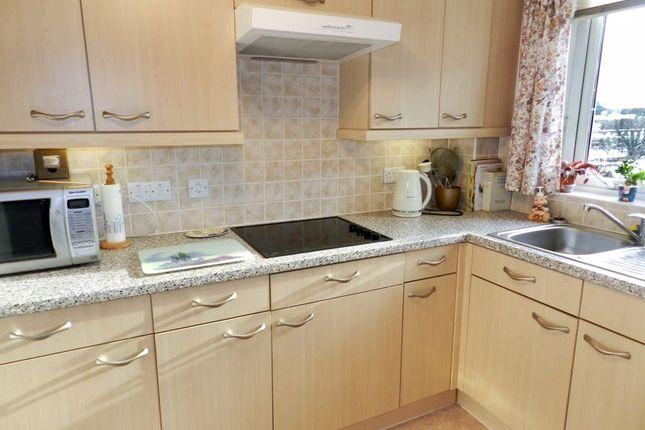 Kitchen of Popes Court, Southampton SO40