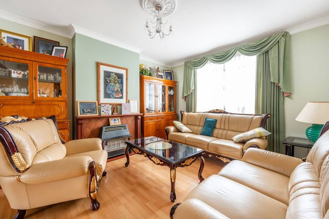 Semi-detached house for sale in Chatsworth Crescent, Hounslow