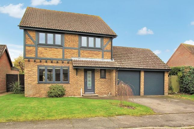 4 bed detached house for sale in The Orchard, Main Road, Naphill, High Wycombe