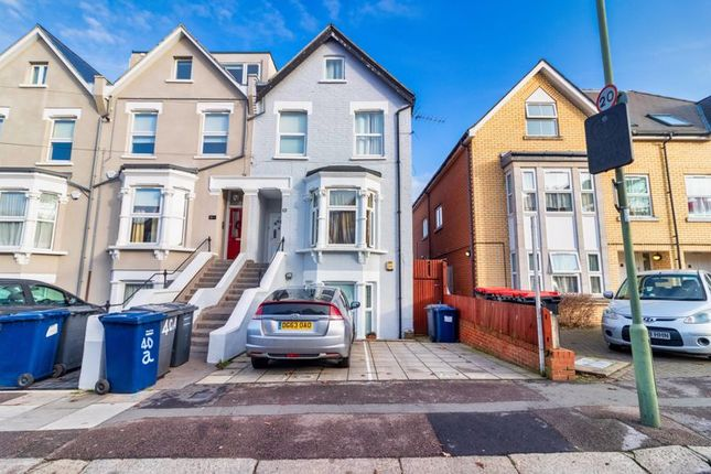 Thumbnail Flat for sale in At Auction, Beaconsfield Road, London