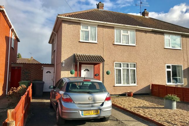 Thumbnail Semi-detached house for sale in Masefield Avenue, Warwick