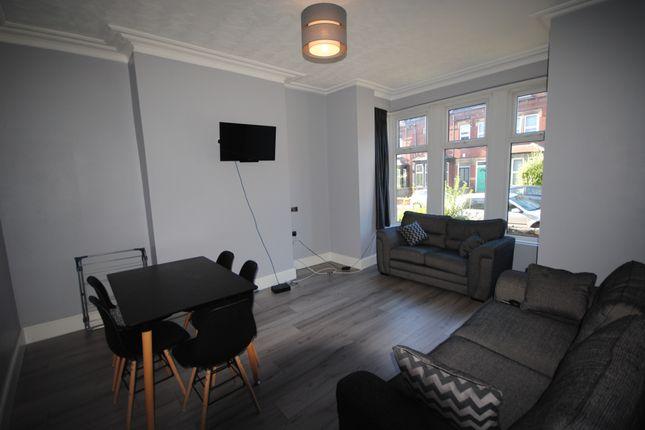 Thumbnail Terraced house to rent in 20 Estcourt Terrace, Headingley