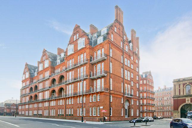Thumbnail Flat for sale in Kensington Gore, London
