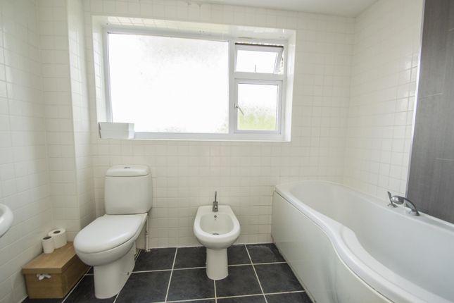 Bathroom of Whitehouse Road, Woodcote, Reading RG8