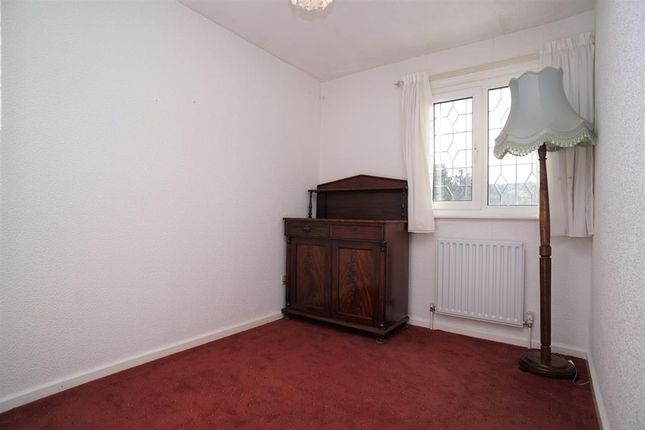 Bedroom No.3 of Roscoe Mount, Stannington, Sheffield S6