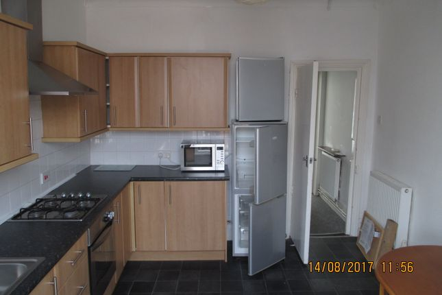 Thumbnail Maisonette to rent in Castle Road, Southsea, Hants