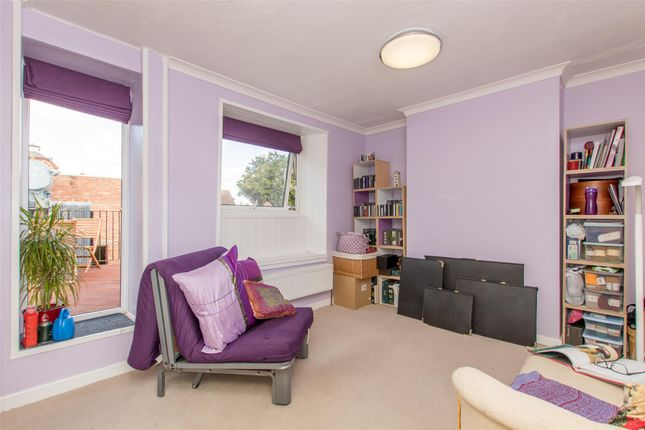 Thumbnail Terraced house for sale in Winsmore Lane, Abingdon, Oxfordshire