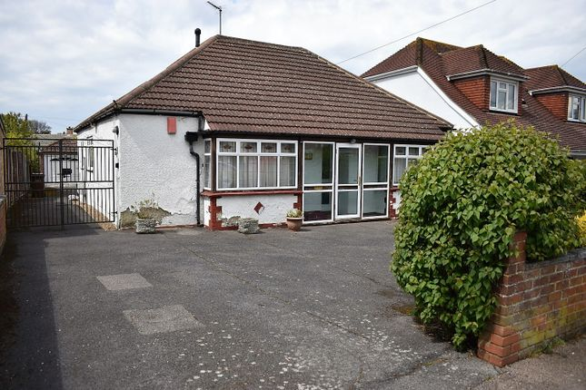 Thumbnail Detached bungalow for sale in Wilson Avenue, Rochester