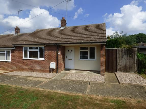 Thumbnail Bungalow for sale in Grove Road, Brafield On The Green, Northampton, Northamptonshire