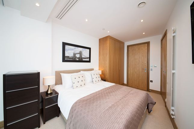2 bed flat to rent in Arena Tower, 25 Crossharbour Plaza, Canary Wharf, London