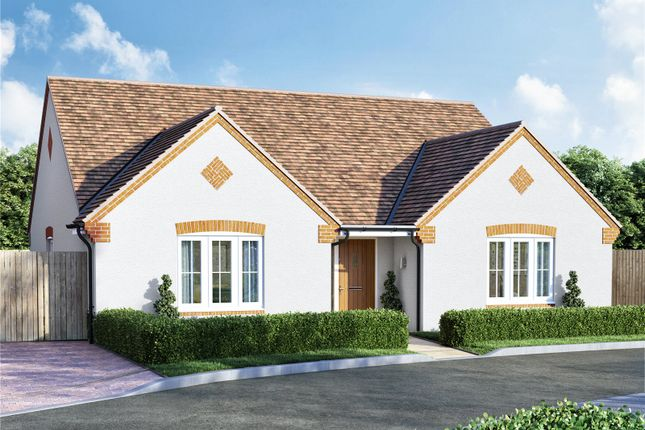 Thumbnail Bungalow for sale in Mirabelle, Eckington, Worcestershire