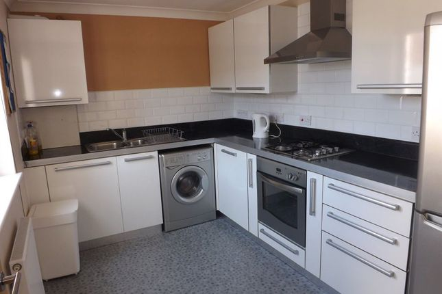 Thumbnail Property to rent in Archie Terrace, Devonshire Square, Southsea