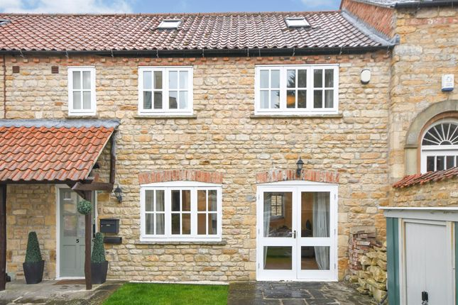 3 bed cottage for sale in Hall Drive, Canwick, Lincoln LN4