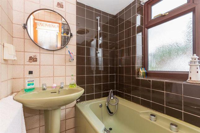 Bathroom of Langleys Road, Birmingham B29