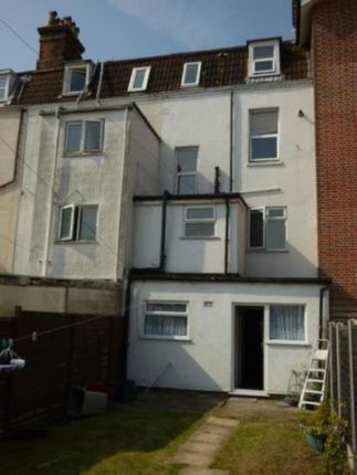 Thumbnail Room to rent in Cliff Road, Dovercourt, Harwich