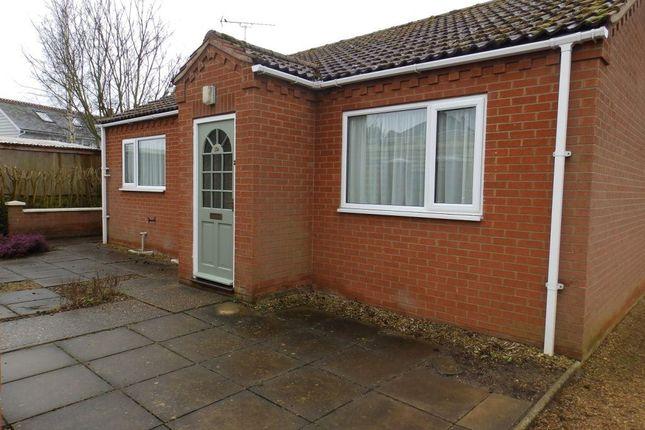 Thumbnail Bungalow to rent in Hunstanton Road, Dersingham, King's Lynn