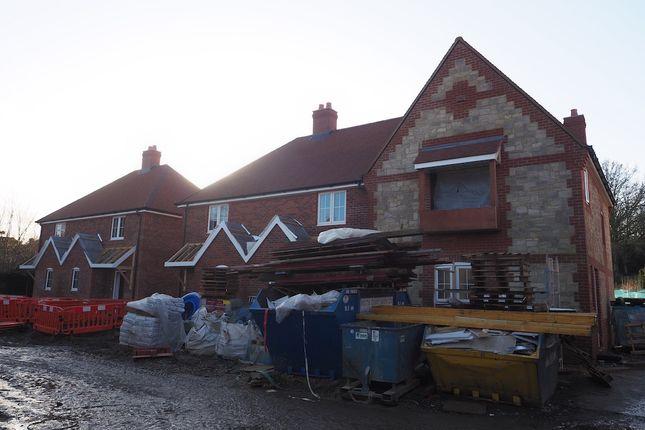 Thumbnail Terraced house for sale in Lamberts Lane, Midhurst