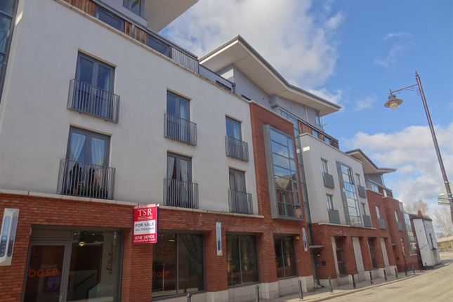 Thumbnail Flat to rent in Roushill, Shrewsbury