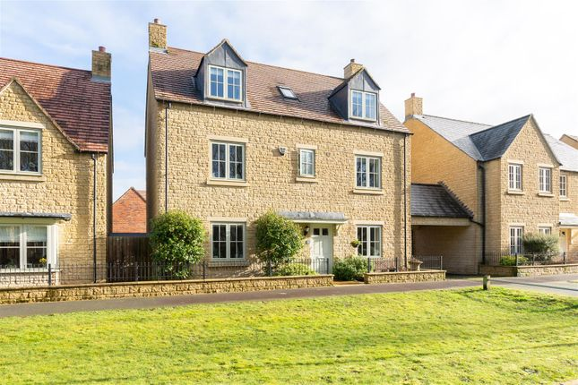 Thumbnail Link-detached house for sale in Summers Way, Moreton In Marsh, Gloucestershire