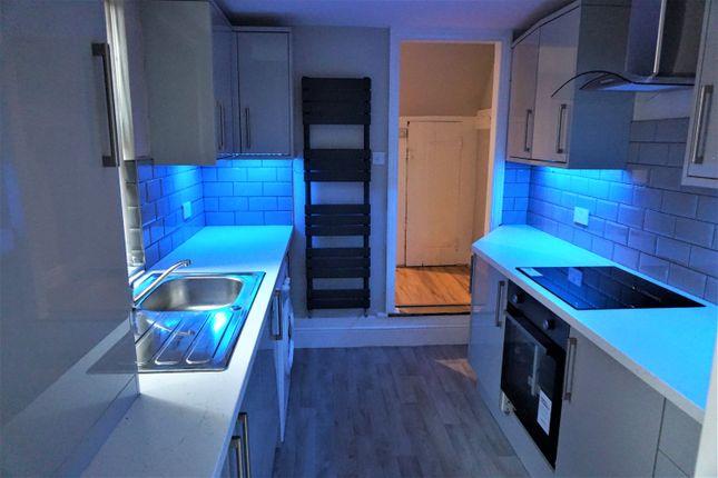 Thumbnail Shared accommodation to rent in Torrington Street, Hull