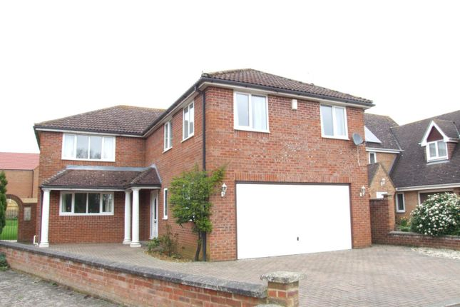 Thumbnail Detached house to rent in Friars Close, Shrivenham, Swindon