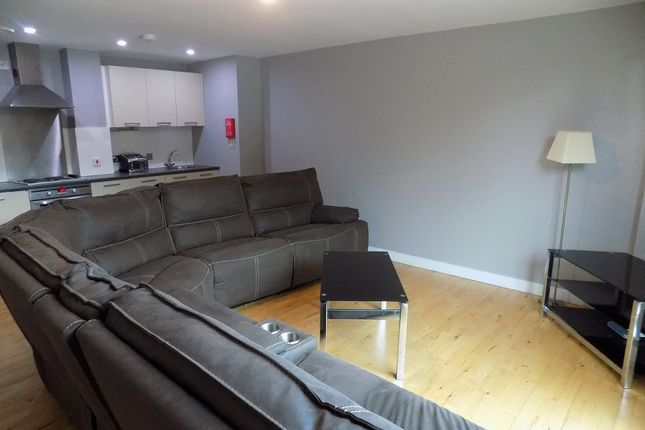 3 bed flat to rent in Jet Centro, St Mary's Gate, Sheffield S2