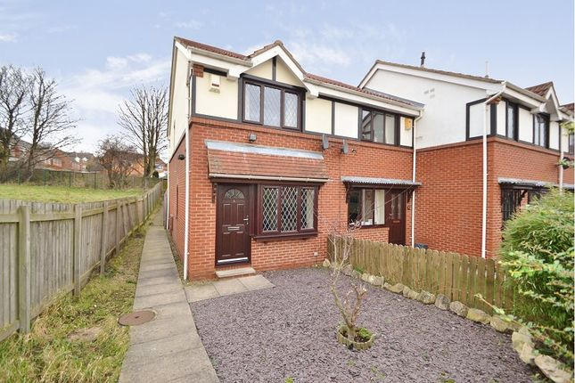 Thumbnail Town house to rent in Hopefield Mews, Off Hopefield Court, Rothwell, Leeds