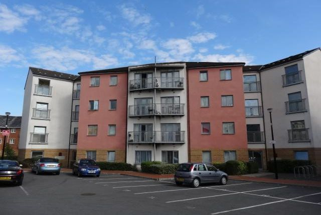 Thumbnail Flat to rent in Ty Capstan, Rhodfa'r Gwagenni, Barry