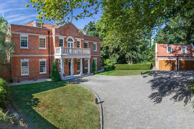 Thumbnail Detached house for sale in Cheapside Road, Ascot