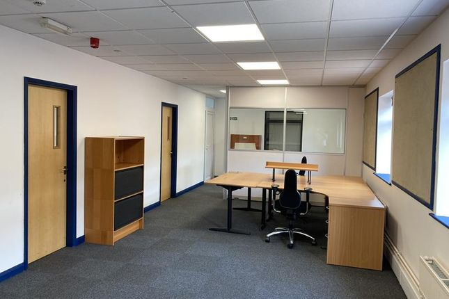 Thumbnail Office to let in Lancaster Approach, North Killingholme, North Lincolnshire