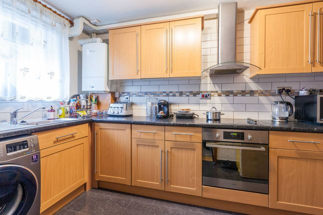Thumbnail Flat to rent in Coppin House, Brixton, London
