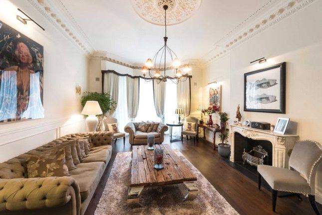 Thumbnail Flat to rent in Collingham Road, South Kensington, London