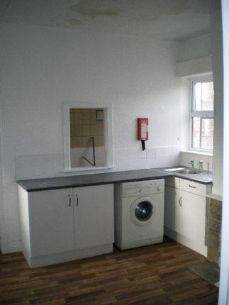 Thumbnail Property to rent in Thorpe Street, Middleton, Leeds