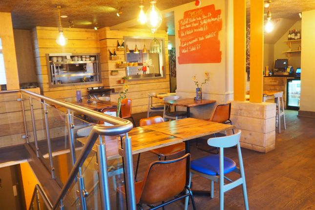Thumbnail Restaurant/cafe for sale in Restaurants HD3, West Yorkshire