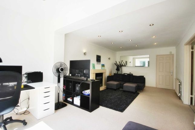 4 bed detached house to rent in Marsland Road, Sale M33