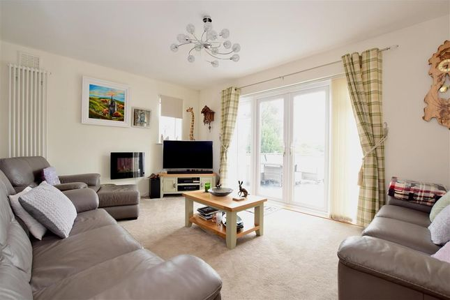 Thumbnail Bungalow for sale in Hayling Rise, High Salvington, Worthing, West Sussex