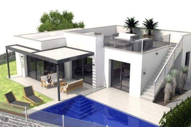 3 bed villa for sale in Avenida Antonio Quesada, 03170 Ciudad Quesada, Alicante, Spain