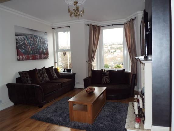 Thumbnail Terraced house for sale in Victoria Road, Chatham, Kent