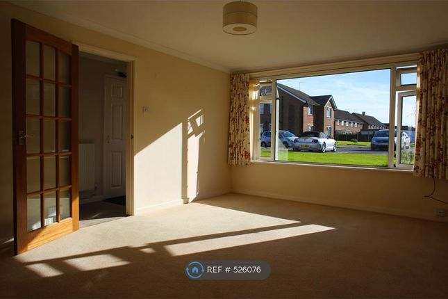Thumbnail 2 bed flat to rent in Aldsworth Court, Goring By Sea