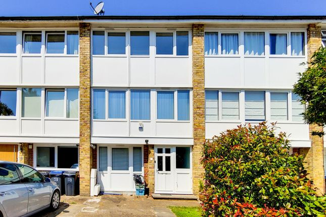 Thumbnail Town house to rent in Buckleigh Way, Upper Norwood, London, England