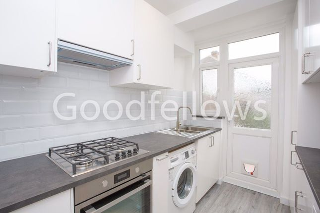 Thumbnail Property to rent in Aragon Road, Morden