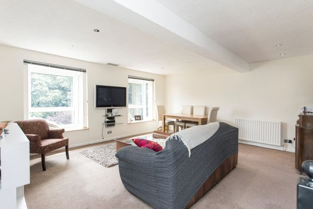 Thumbnail Maisonette to rent in Jenson Way, London