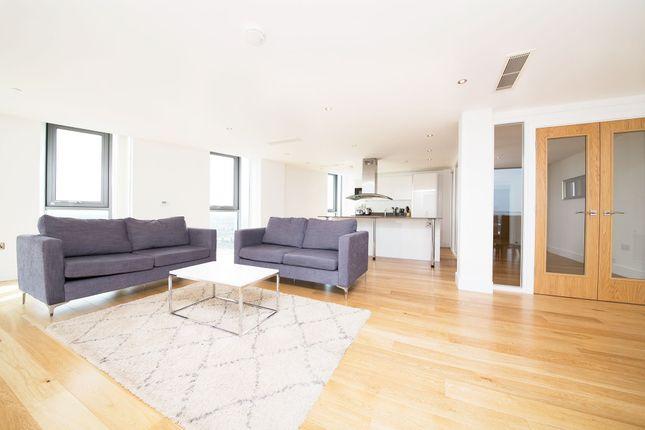 Thumbnail Flat to rent in Arc Tower, 32 Uxbridge Road, Ealing, London