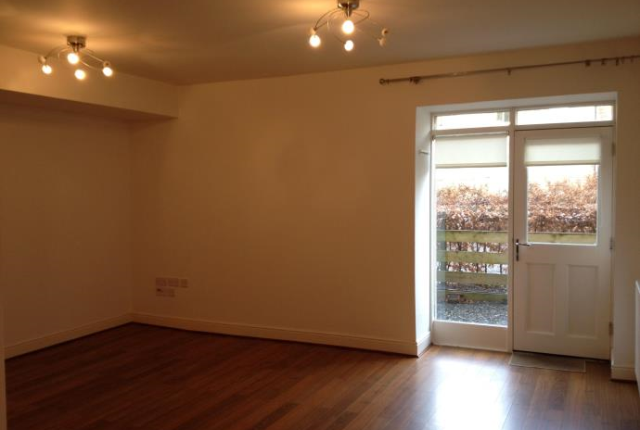 Thumbnail Flat to rent in North Road Liff, Liff Dundee