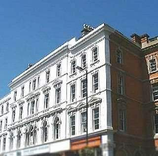Serviced office to let in Park Street, Bristol