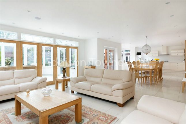 Thumbnail Property for sale in Lindal Crescent, Enfield, Greater London